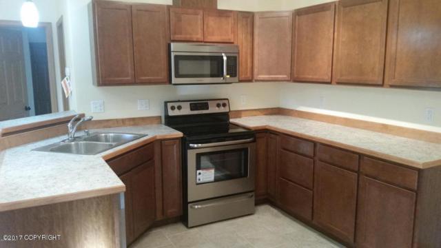 2100 N Meadow Lakes Drive, Wasilla, AK 99623 (MLS #17-19020) :: Real Estate eXchange
