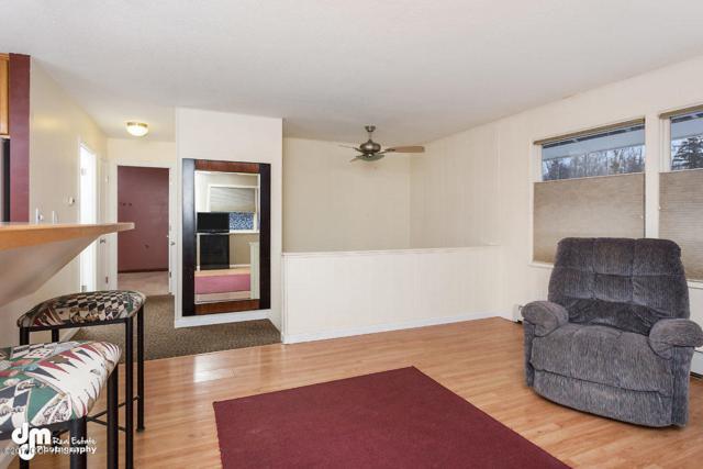 608 N Pine Street, Anchorage, AK 99508 (MLS #17-19402) :: RMG Real Estate Network | Keller Williams Realty Alaska Group