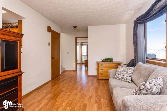 1113 Fred Circle, Anchorage, AK 99515 (MLS #18-11008) :: Northern Edge Real Estate, LLC
