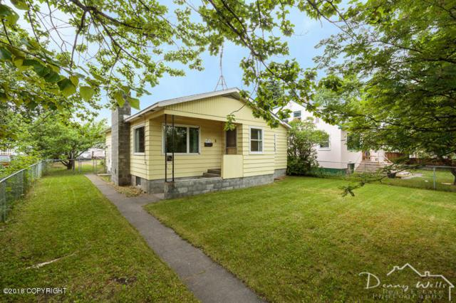 209 E Harvard Avenue, Anchorage, AK 99501 (MLS #18-11996) :: Team Dimmick