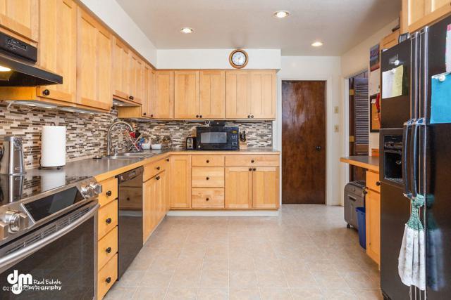 6947 Gemini Drive #C4, Anchorage, AK 99504 (MLS #18-12325) :: RMG Real Estate Network | Keller Williams Realty Alaska Group