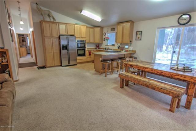5744 E Rutan, Wasilla, AK 99654 (MLS #18-130) :: RMG Real Estate Experts