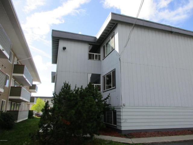 3401 Eureka Street, Anchorage, AK 99503 (MLS #18-14399) :: Synergy Home Team