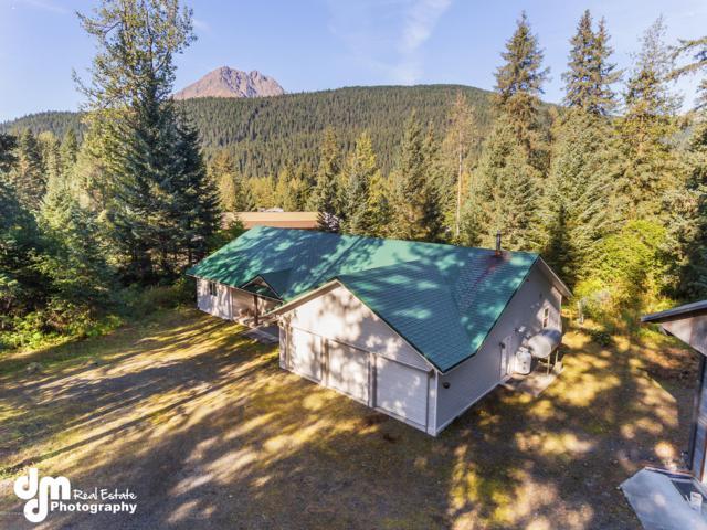 33472 Bear Lake Road, Seward, AK 99664 (MLS #18-16123) :: Channer Realty Group