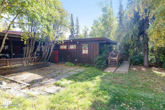 1555 E Street, Anchorage, AK 99501 (MLS #18-16230) :: Team Dimmick