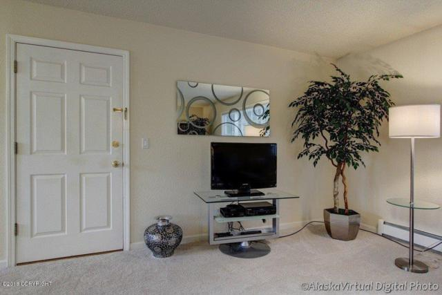 513 E 24th Avenue #1, Anchorage, AK 99503 (MLS #18-18669) :: Team Dimmick