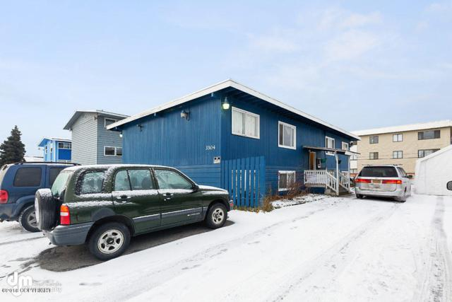 3304 Eide Street, Anchorage, AK 99503 (MLS #18-19397) :: Core Real Estate Group