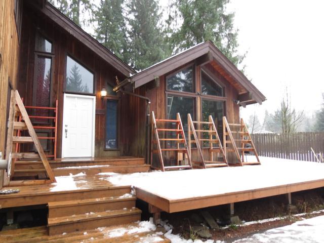 8424 Steep Place, Juneau, AK 99801 (MLS #18-19812) :: The Adrian Jaime Group | Keller Williams Realty Alaska