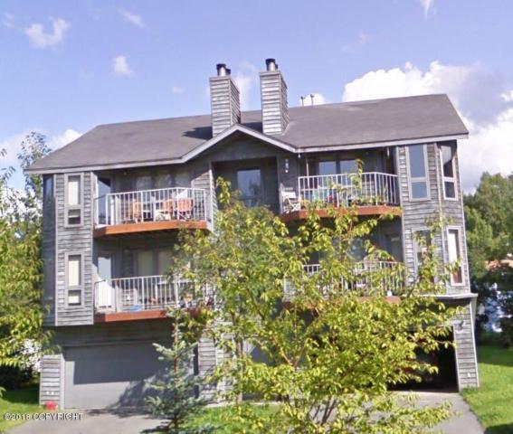 3907 Lunar Drive, Anchorage, AK 99504 (MLS #18-2290) :: Real Estate eXchange