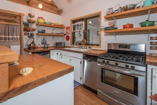 642 S Point Higgins, Ketchikan, AK 99901 (MLS #18-2836) :: Channer Realty Group