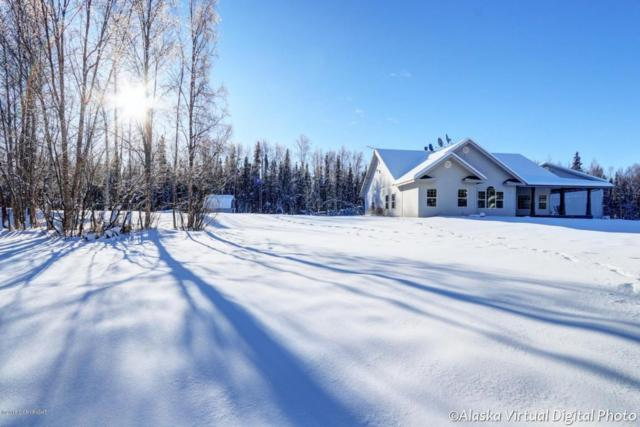 2790 W Stable Circle, Wasilla, AK 99623 (MLS #18-2895) :: Team Dimmick