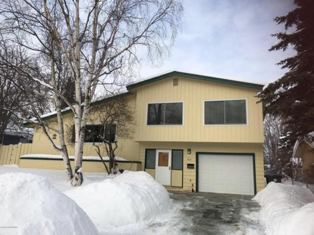 1013 E 27th Avenue, Anchorage, AK 99508 (MLS #18-3243) :: Synergy Home Team