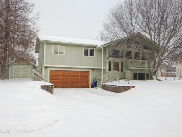 16941 Vanover Circle, Eagle River, AK 99577 (MLS #18-3880) :: Channer Realty Group