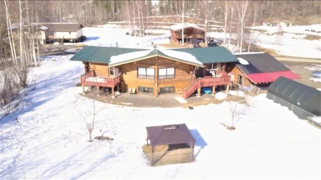 1283 Airline Drive, North Pole, AK 99705 (MLS #18-6352) :: Core Real Estate Group