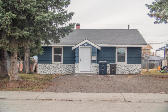 232 N Hoyt Street, Anchorage, AK 99508 (MLS #18-6919) :: Team Dimmick