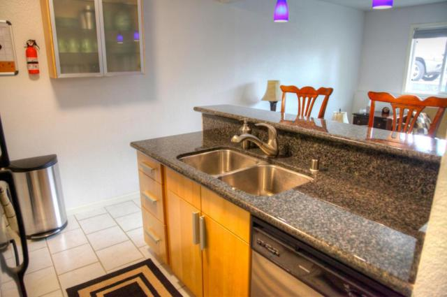 1327 W 25th Avenue #103, Anchorage, AK 99503 (MLS #18-8735) :: Channer Realty Group