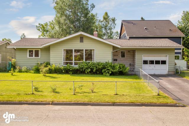 1504 E 26th Avenue, Anchorage, AK 99508 (MLS #19-10239) :: RMG Real Estate Network | Keller Williams Realty Alaska Group