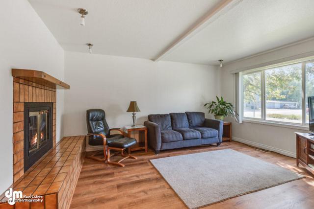 3441 W 88th Avenue #B1, Anchorage, AK 99502 (MLS #19-11148) :: RMG Real Estate Network   Keller Williams Realty Alaska Group