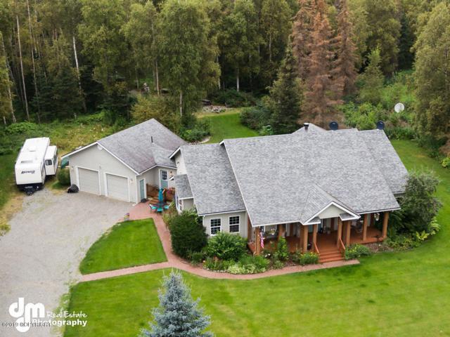 4686 N Arbor Way, Wasilla, AK 99654 (MLS #19-12936) :: RMG Real Estate Network | Keller Williams Realty Alaska Group