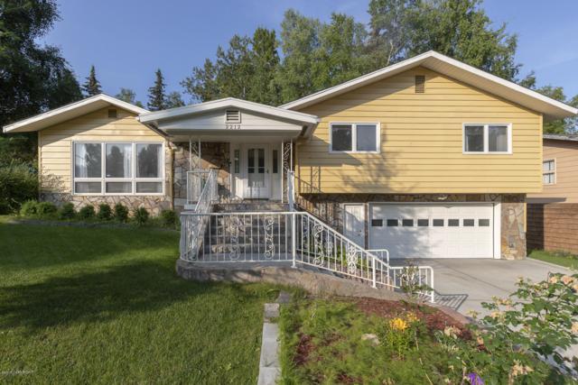 2212 Vanderbilt Circle, Anchorage, AK 99508 (MLS #19-13044) :: Team Dimmick