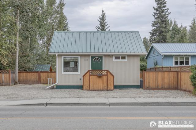 813 23rd Avenue, Fairbanks, AK 99701 (MLS #19-13257) :: RMG Real Estate Network | Keller Williams Realty Alaska Group