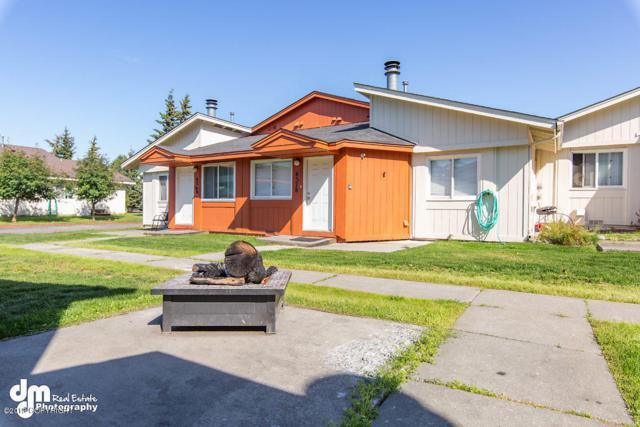 4376 Reka Drive, Anchorage, AK 99508 (MLS #19-13724) :: Team Dimmick