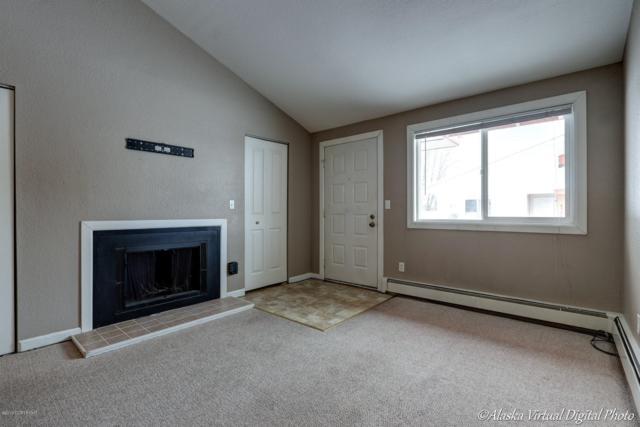 4394 Reka Drive #4394, Anchorage, AK 99508 (MLS #19-1520) :: Core Real Estate Group