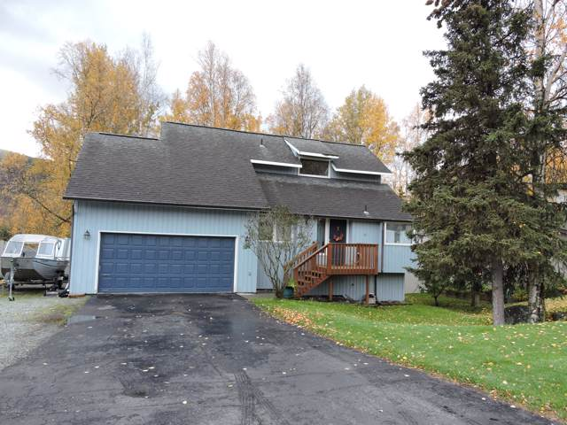 9128 W Parkview Terrace Loop, Eagle River, AK 99577 (MLS #19-17383) :: Alaska Realty Experts