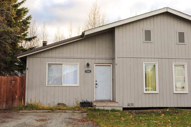 7201 Durenda Circle, Anchorage, AK 99507 (MLS #19-17974) :: Team Dimmick