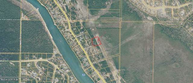 L8 B3 Silver Court, Soldotna, AK 99669 (MLS #19-18123) :: Core Real Estate Group