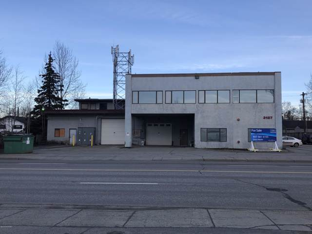 3127 Commercial Drive, Anchorage, AK 99501 (MLS #19-18305) :: Team Dimmick
