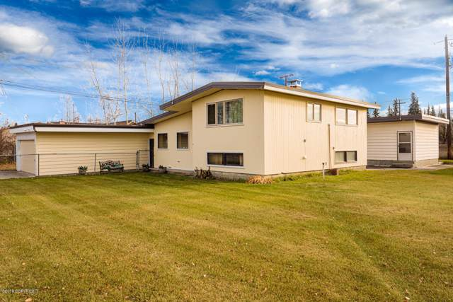 2915 Westgate Place, Fairbanks, AK 99709 (MLS #19-18760) :: RMG Real Estate Network | Keller Williams Realty Alaska Group