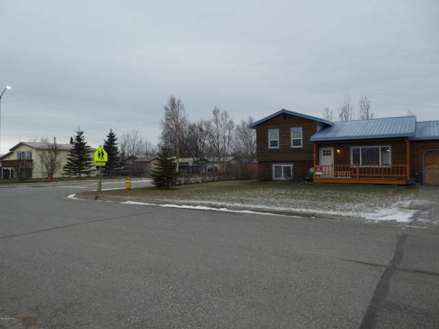 606 N Gulkana Street, Palmer, AK 99645 (MLS #19-19023) :: Core Real Estate Group