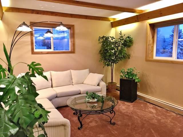 2230 E 52nd Avenue #4, Anchorage, AK 99507 (MLS #19-19440) :: Synergy Home Team