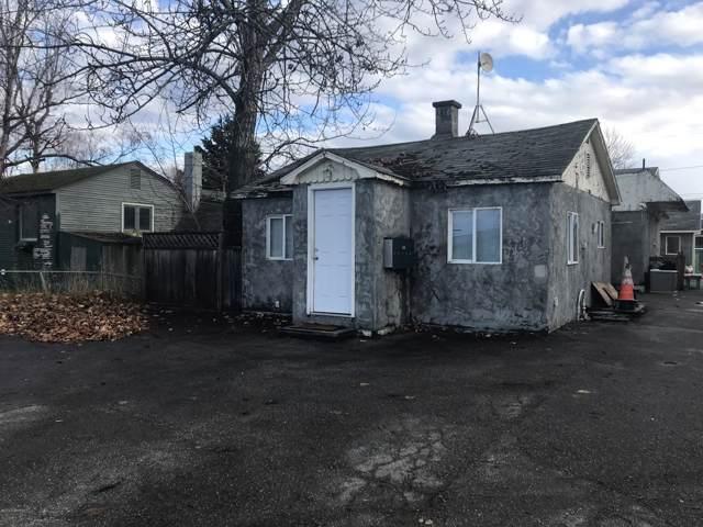 1411 Ingra Street, Anchorage, AK 99501 (MLS #19-19765) :: Roy Briley Real Estate Group