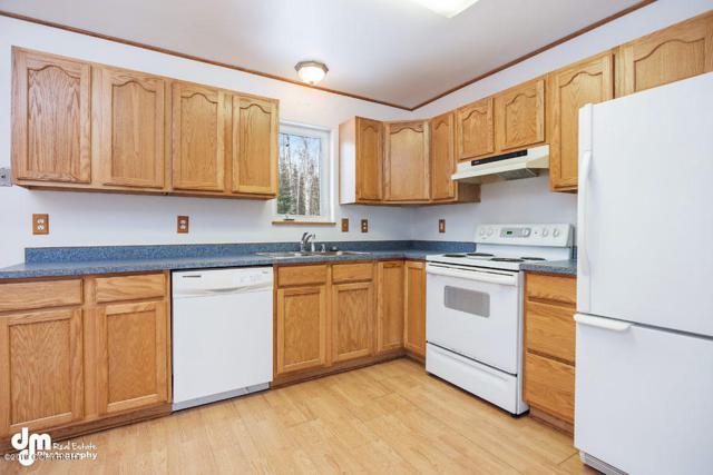 326 N Forest Hills Drive, Wasilla, AK 99623 (MLS #19-3418) :: RMG Real Estate Network | Keller Williams Realty Alaska Group