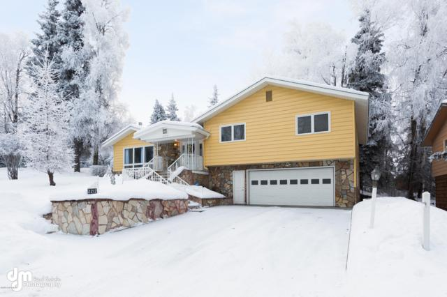 2212 Vanderbilt Circle, Anchorage, AK 99508 (MLS #19-362) :: Alaska Realty Experts