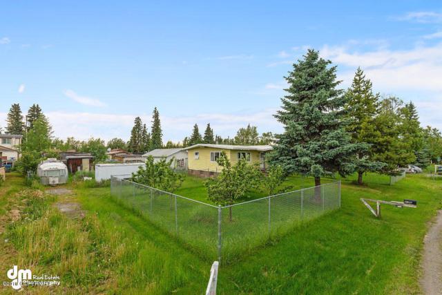 L8 B10 Garfield Street, Anchorage, AK 99503 (MLS #19-3683) :: Alaska Realty Experts