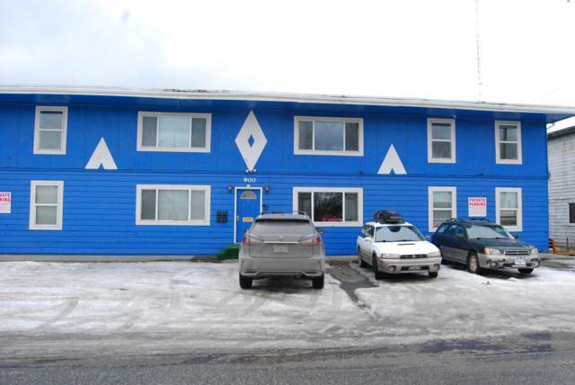 900` W 29th Place, Anchorage, AK 99503 (MLS #19-3837) :: The Huntley Owen Team
