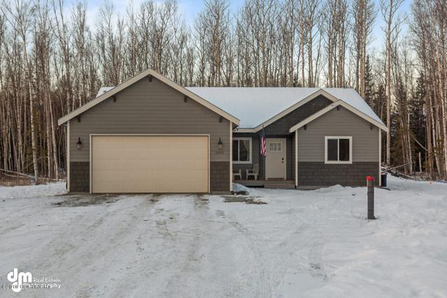 2852 S Avalon Circle, Wasilla, AK 99654 (MLS #19-545) :: Alaska Realty Experts