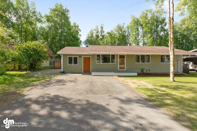 742 W 76th Avenue, Anchorage, AK 99518 (MLS #19-5885) :: The Adrian Jaime Group | Keller Williams Realty Alaska