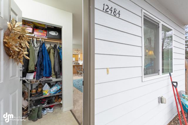 12484 Silver Fox Lane #10, Anchorage, AK 99515 (MLS #19-6001) :: The Adrian Jaime Group | Keller Williams Realty Alaska