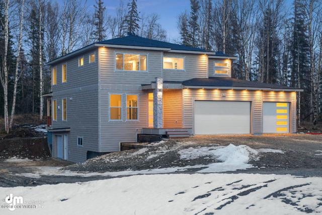 3030 E Sandman Circle, Wasilla, AK 99654 (MLS #19-6196) :: Roy Briley Real Estate Group