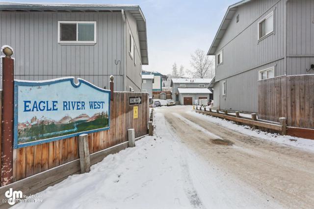 12261 Lake Street #B3, Eagle River, AK 99577 (MLS #19-658) :: The Huntley Owen Team