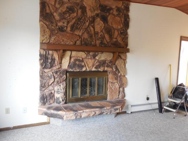324 W Arlington Avenue, Soldotna, AK 99669 (MLS #19-7773) :: Roy Briley Real Estate Group