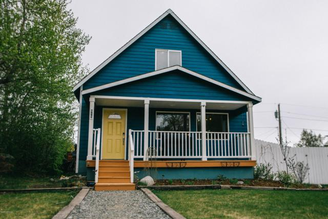915 S Dimond Street, Palmer, AK 99645 (MLS #19-7827) :: Alaska Realty Experts