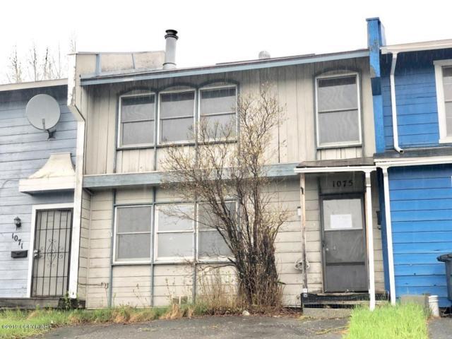 1075 E 17th Avenue, Anchorage, AK 99501 (MLS #19-7914) :: Core Real Estate Group