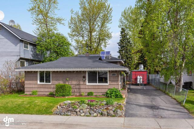 3133 Peterkin Avenue, Anchorage, AK 99508 (MLS #19-8026) :: Team Dimmick