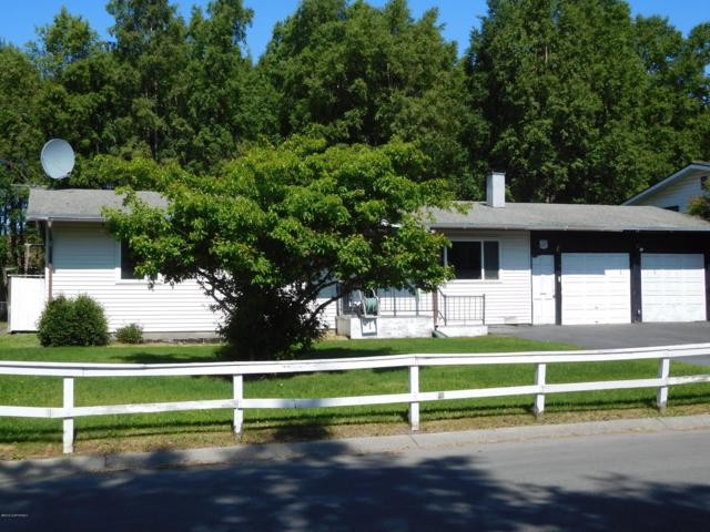 3321 W 69th Avenue, Anchorage, AK 99502 (MLS #19-9869) :: Team Dimmick