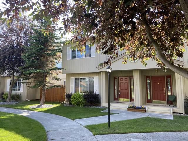 3040 Leighton Street #A, Anchorage, AK 99517 (MLS #20-10290) :: Alaska Realty Experts